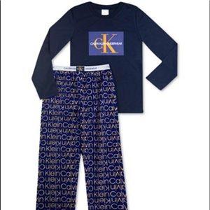 Boys Calvin Klein fleece Pjamas NWT